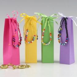 Pulsera multicolor en caja...
